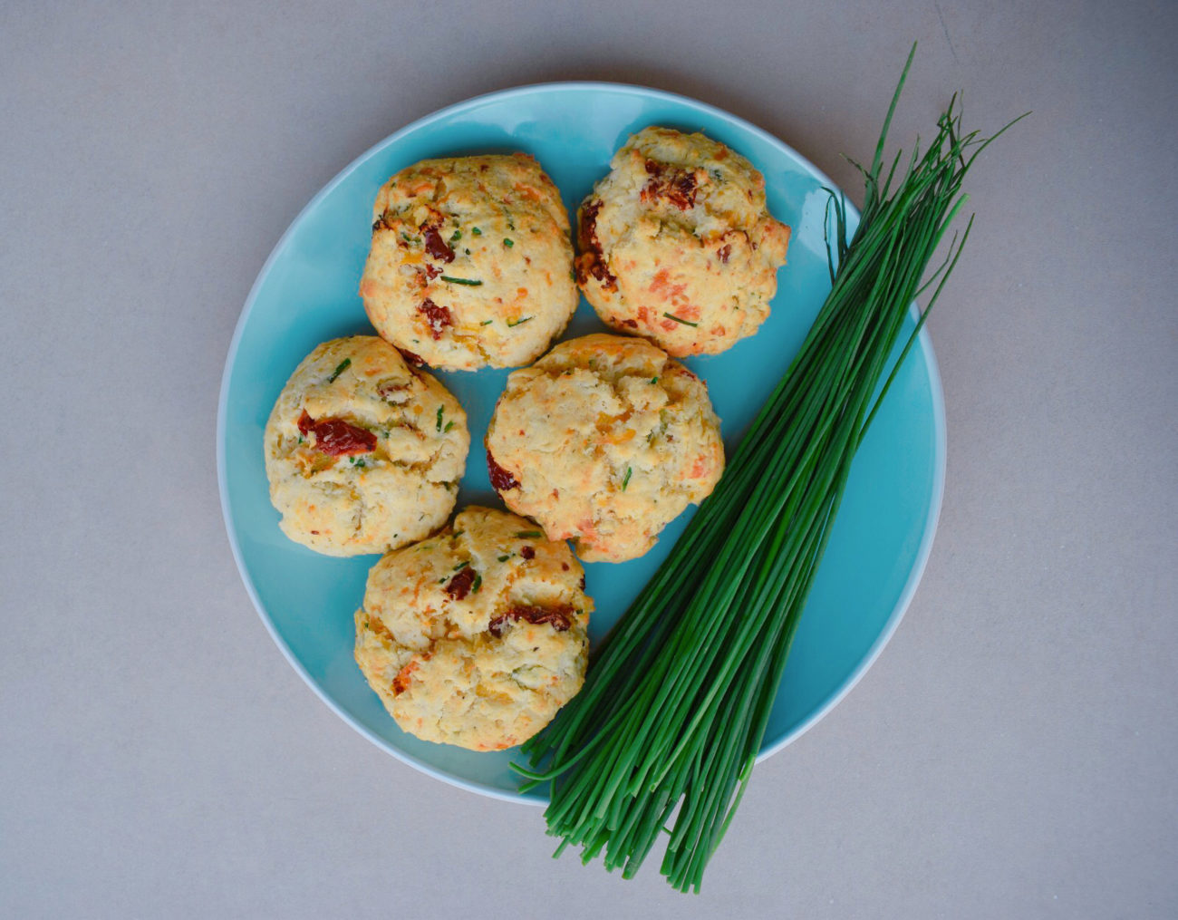 SUNDRIED TOMATO & CHIVE BISCUITS
