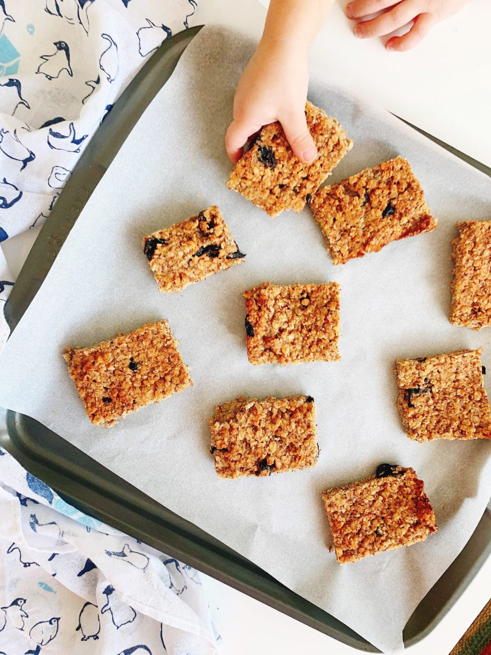 Soft Baked Banana Oat Bars